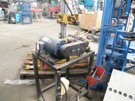 electric pipe cutter - picture0' - Click to enlarge