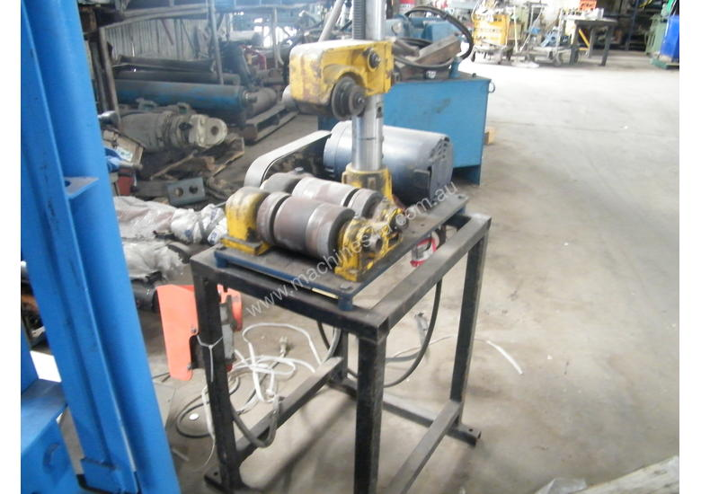 electric pipe cutter