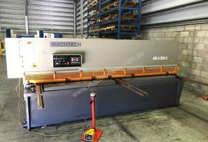 Machtech Guillotine 3200x6mm