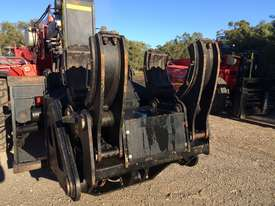 Manitou CH-10 Cylinder Handler - picture3' - Click to enlarge