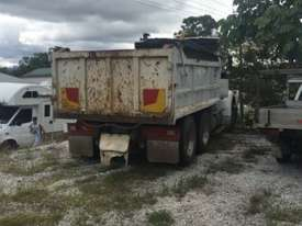 Bissalloy tipper body - picture4' - Click to enlarge