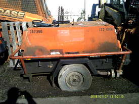 172 cfm compair , deutz powered , H51, 3,167 hours - picture0' - Click to enlarge