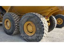 CATERPILLAR 735 Articulated Trucks - picture6' - Click to enlarge