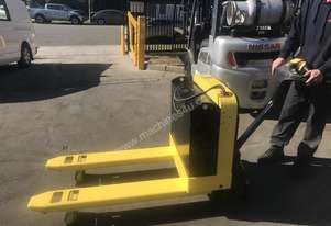 Rent Me - 2 tonne Electric Pallet Jack - $70 per week plus gst