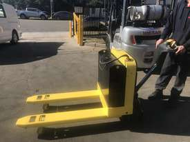 Rent Me - 2 tonne Electric Pallet Jack - $70 per week plus gst - picture0' - Click to enlarge