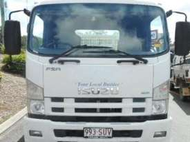 2013 Isuzu FSR 700 Long Service Vehicle - picture1' - Click to enlarge