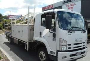 2013 Isuzu FSR 700 Long Service Vehicle