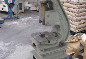 HAND SCREW PRESS 10T