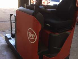 TOYOTA BT Reach Truck 1.4ton 5.4m Side Shift Low 6000 HRs 2010 Roll Out Batt A1! - picture1' - Click to enlarge