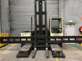 Hubtex MQ35 Reach Forklift Forklift - picture0' - Click to enlarge