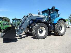 New Holland T7 185 FWA/4WD Tractor - picture0' - Click to enlarge
