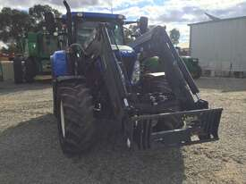 New Holland T7 185 FWA/4WD Tractor - picture6' - Click to enlarge