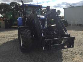 New Holland T7 185 FWA/4WD Tractor - picture10' - Click to enlarge