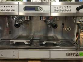 WEGA CONCEPT 2 GROUP HI-CUP ESPRESSO COFFEE MACHINE BLACK - picture9' - Click to enlarge