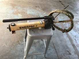 Enerpac Two Speed Hydraulic Hand Pump Porta Power P392 10000 PSI - picture8' - Click to enlarge