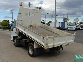2006 ISUZU NKR 200 Tipper   - picture2' - Click to enlarge