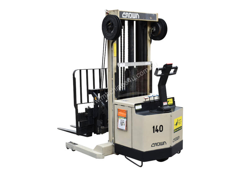 Crown 1.5T Walkie Reach Forklift with 4.2m lift FOR SALE