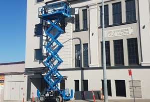 Genie GS4069RT - 40' Wide Deck 4WD Diesel Scissor Lift