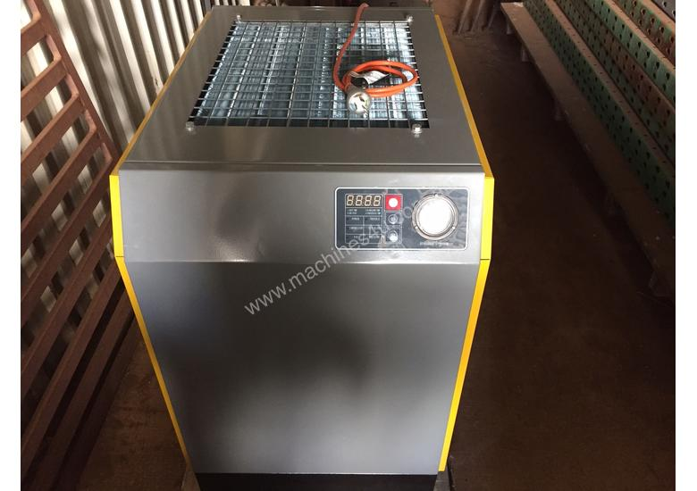 Rotary Screw Compressor and Refrigerated Dryer