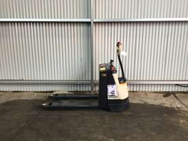 Electric Forklift Walkie Pallet WP Series 2012 - picture4' - Click to enlarge