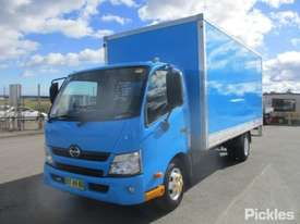 2012 Hino 300 616 - picture2' - Click to enlarge