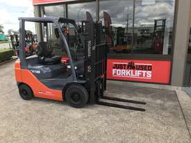 32- 8 FG1.8, 4 WHEEL COUNTER BALANCED FORKLIFT CONTAINER FRIENDLY - picture0' - Click to enlarge