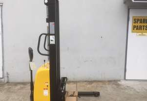 Ex Demo Semi-Electric Walkie Stacker