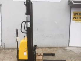 Ex Demo Semi-Electric Walkie Stacker - picture0' - Click to enlarge