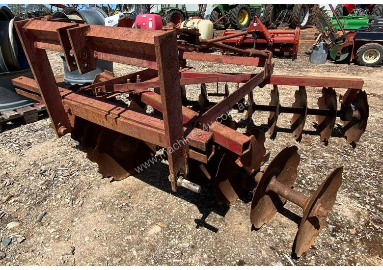 Offset Disc Cultivator, 20 plate