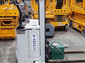 Crown 30WTF106A Walkie Stacker - picture0' - Click to enlarge