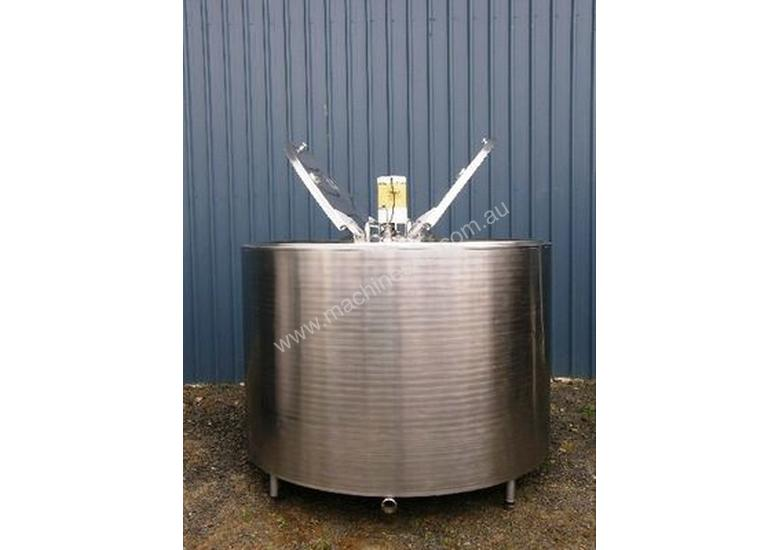 2,600lt Jacketed Stainless Steel Tank