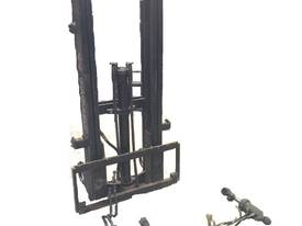 2/3 Stage Forklift /Tractor Mast Complete kit - picture3' - Click to enlarge