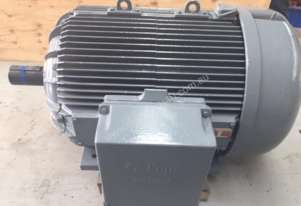 355 kw 4 pole 415 v Pope AC Electric Motor