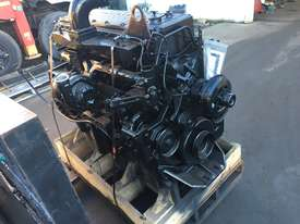 CUMMINS M11 ENGINES - picture3' - Click to enlarge