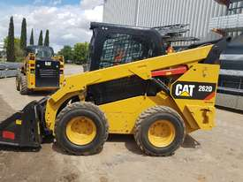 USED 2015 CAT 262D SKIDSTEER LOADER WITH LOW 1010 HOURS IN VERY GOOD CONDITION - picture1' - Click to enlarge