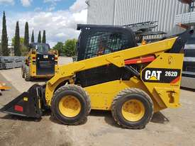 USED 2015 CAT 262D SKIDSTEER LOADER WITH LOW 1010 HOURS IN VERY GOOD CONDITION - picture2' - Click to enlarge