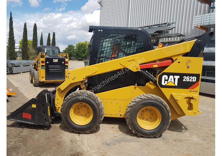 USED 2015 CAT 262D SKIDSTEER LOADER WITH LOW 1010 HOURS IN VERY GOOD CONDITION