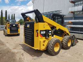 USED 2015 CAT 262D SKIDSTEER LOADER WITH LOW 1010 HOURS IN VERY GOOD CONDITION - picture8' - Click to enlarge