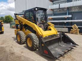 USED 2015 CAT 262D SKIDSTEER LOADER WITH LOW 1010 HOURS IN VERY GOOD CONDITION - picture12' - Click to enlarge