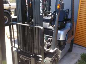 Nissan Forklift 1.8 Ton 4.3m Lift Height Container Entry Late Model Low Hrs - picture1' - Click to enlarge