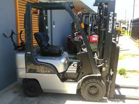 Nissan Forklift 1.8 Ton 4.3m Lift Height Container Entry Late Model Low Hrs - picture2' - Click to enlarge