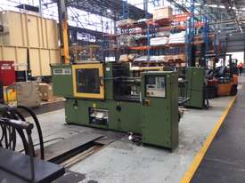 INECTION MOULDING MACHINE ARBURG420 - picture1' - Click to enlarge