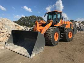 2018 20.5 TONNE WHEEL LOADER YX667  - picture0' - Click to enlarge