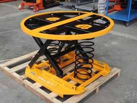 Capacity 1000kg pallet leveller/turn table - picture0' - Click to enlarge