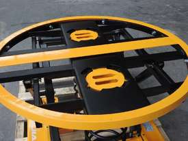Capacity 1000kg pallet leveller/turn table - picture1' - Click to enlarge