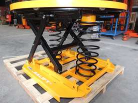 Capacity 1000kg pallet leveller/turn table - picture2' - Click to enlarge