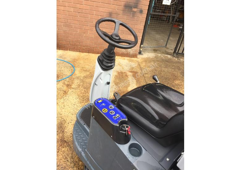 Nilfisk BRV900 Ride on Vacuum cleaner 2 AVAILABLE EX DEMO