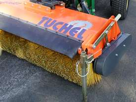 Tuchel Kompakt Road Sweeper - picture6' - Click to enlarge