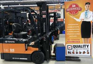 Toyota Business Class 2010 Model 7FBE18 Container Forklift