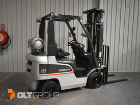 Nissan P1F1A18DU Forklift 1.8 ton LPG fork 5500mm Lift Height 3 Stage Mast - picture2' - Click to enlarge